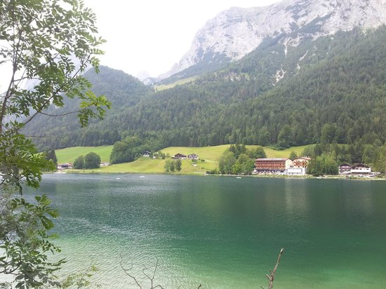 Zauberwald and Hintersee: Just look at the beautiful mountains and surrounding area