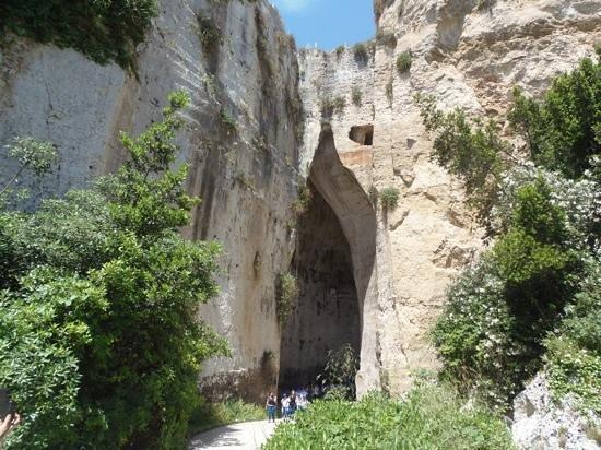 Ear of Dionysius (Orecchio di Dionisio) : splendida grotta