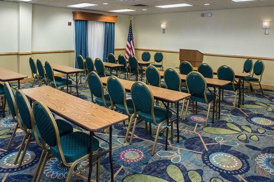Holiday Inn Express Clermont: The Citrus Meeting Room