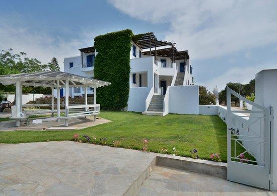 Allegria Family Hotel: garden