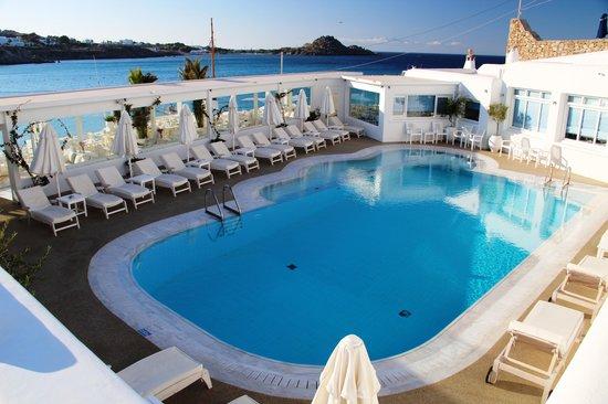 Petinos Hotel: Pool