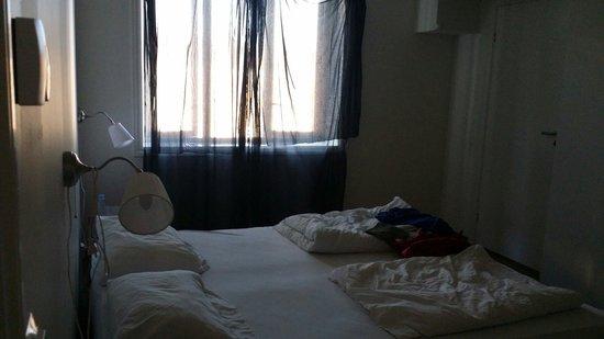 Chateau Apartments: Sleepless night