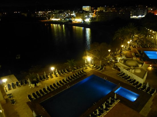 Fiesta Hotel Milord : from balcony at night