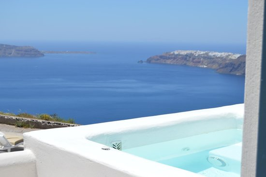 Santorini's Balcony: Room views.