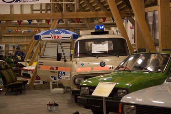 skoda 1203 ambulance bild von skoda museum danmark. Black Bedroom Furniture Sets. Home Design Ideas