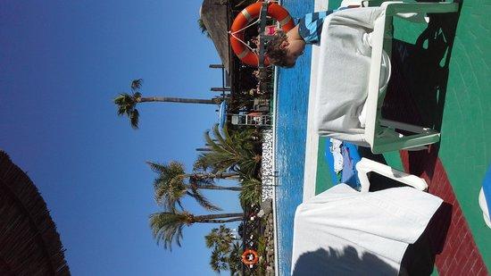 Sunset Beach Club: pool