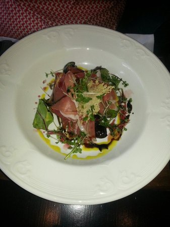 Huntingtower Hotel: Very good starter, Parma Ham and Black Olives
