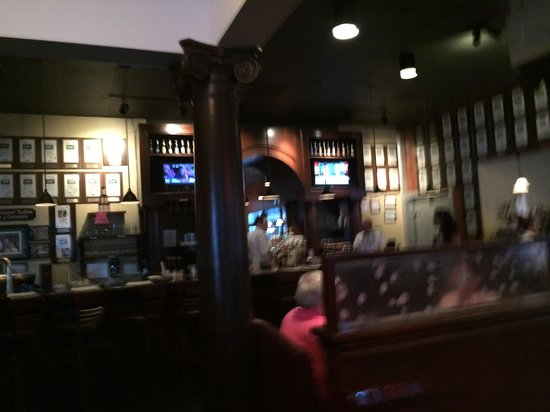 Demos' Steak And Spaghetti House: Inside View