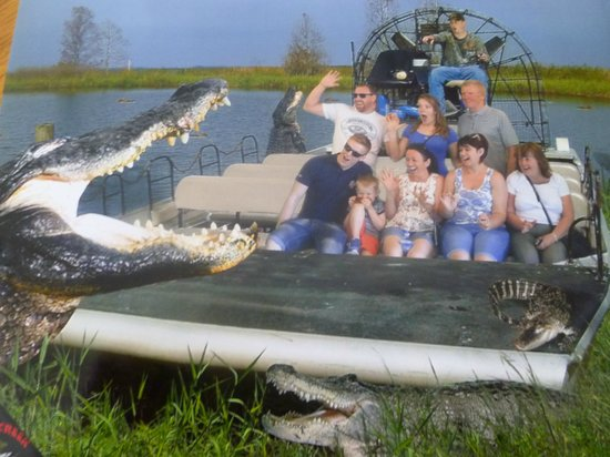 Boggy Creek Airboat Rides: Souvenier photo of your group
