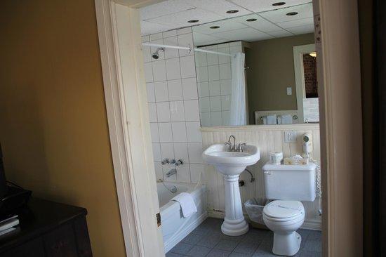 Hotel Acadia: la salle de bain