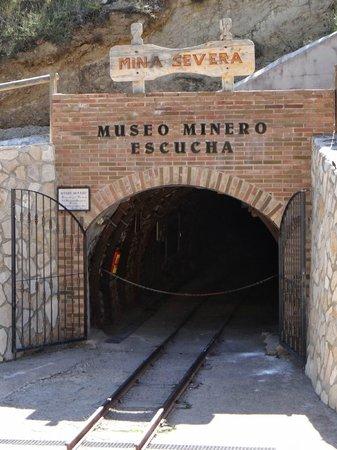 Museo minero Escucha: Entrada mina