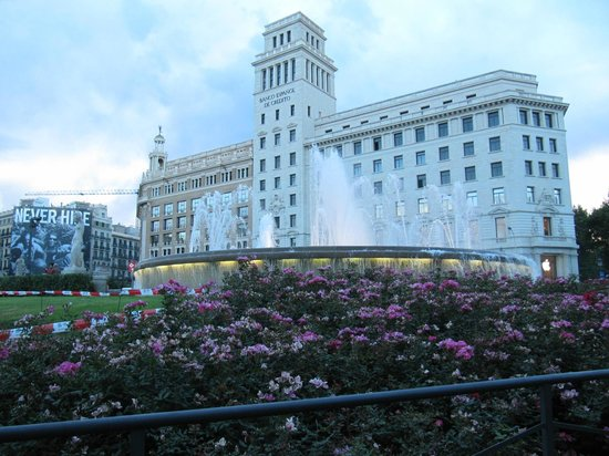 Barcelona Atiram Hotel: Placa Catalunya