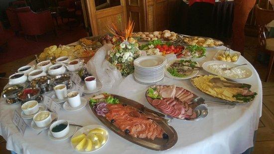 Europa Royale Riga: Завтрак
