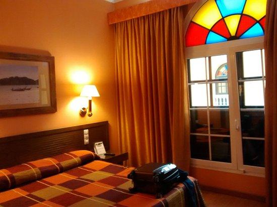 Senator Cadiz Spa Hotel: vista habitación