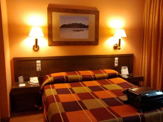 Senator Cadiz Spa Hotel : vista habitación
