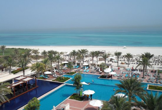 The St. Regis Saadiyat Island Resort: Amazing paranoma
