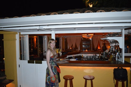 Vila d'este : Poolside bar