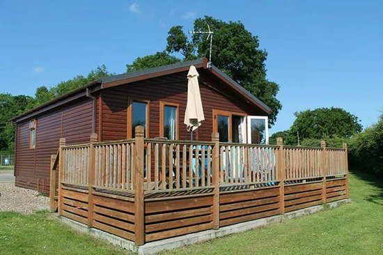Athelington Hall Log Cabin Holidays: Cedar Lodge