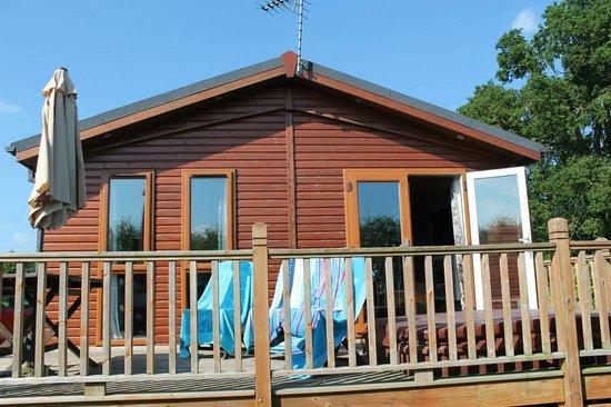 Athelington Hall Log Cabin Holidays: Cedar Lodge