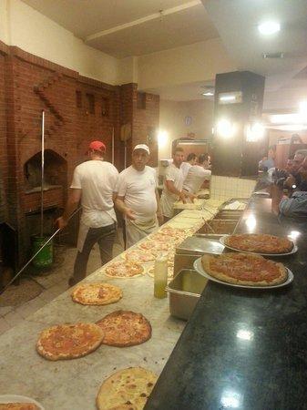 Pizzeria Da Antonio - La Faccia Di Vecchia