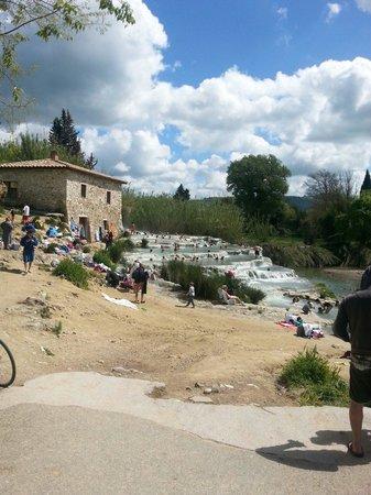 Agriturismo Le Cascatelle : Le cascate naturali