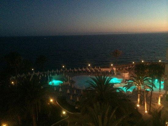 Sunwing  Arguineguin Seafront: På kvelden