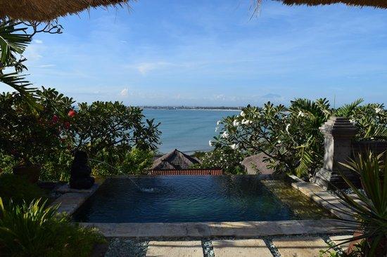 Four Seasons Resort Bali at Jimbaran Bay: Not a bad way to wake up!