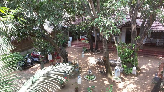 Fort House : view from first floor balcony