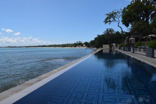 Four Seasons Resort Bali at Jimbaran Bay: High tide at Sundara