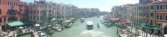 Rialtobrücke: Panoramic View form Rialto