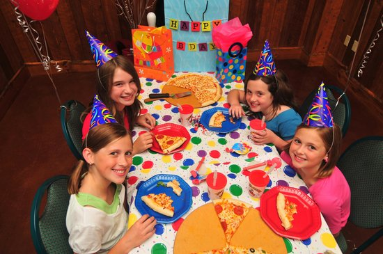 Knuckleheads: Birthday Parties!