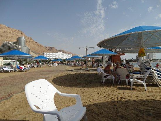 Prima Oasis Dead Sea: пляж отеля