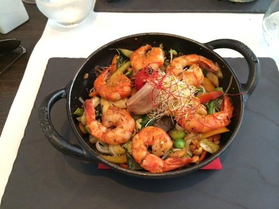 Restaurant La Cafetiere Felee: wok with shrimps