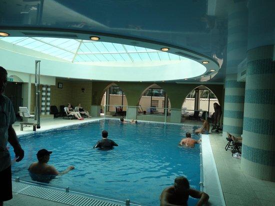 Prima Oasis Dead Sea: бассейн с подогретой водой ММ