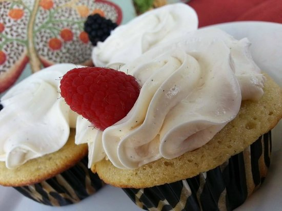 The Peppered Cupcake: Vanilla Bean
