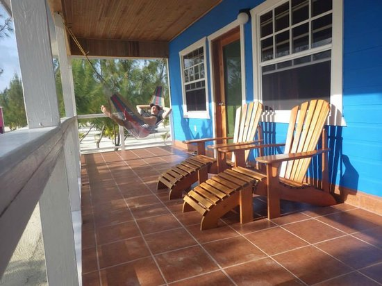 Coco Plum Island Resort: front porch