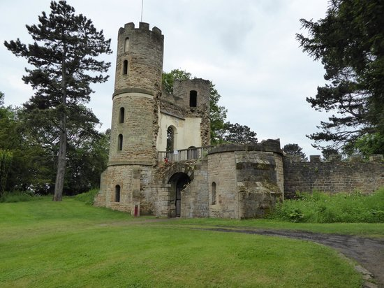 Wentworth Castle Gardens: Stainborough Castle