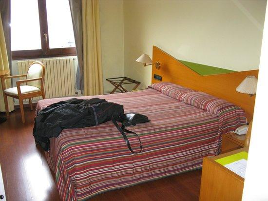 Hotel de l'Isard: Habitación interna