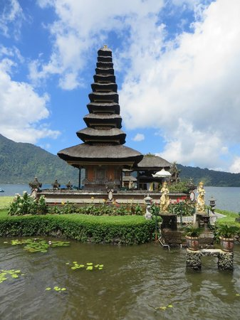 The Menjangan: Part of Temple on the Way