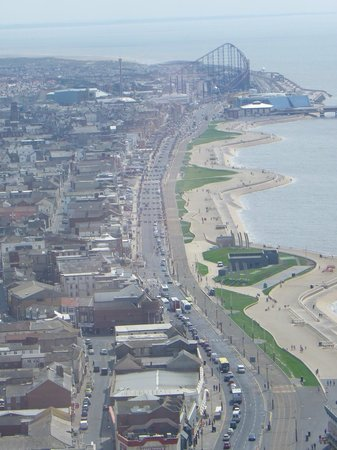 The Blackpool Tower: i'm not walking to the pleasure beach