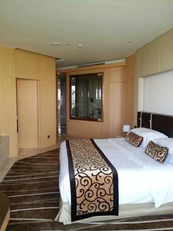 The Meydan Hotel: Room