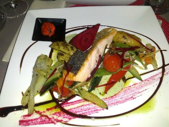 Restaurant La Voute : saumon creme basilic