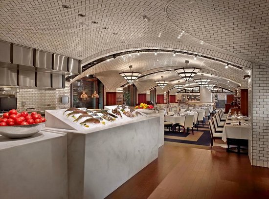 Fish display picture of lobster bar sea grille fort for Fish restaurant fort lauderdale