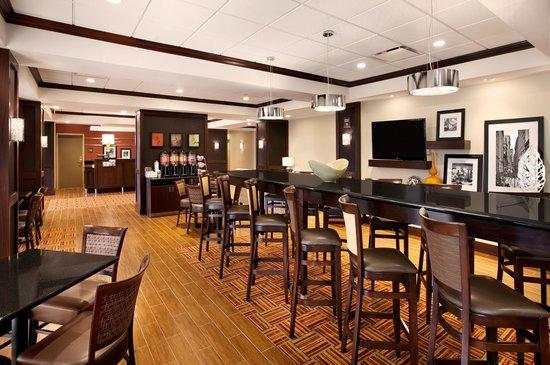 Hampton Inn Limerick-Philadelphia Area: Breakfast Area