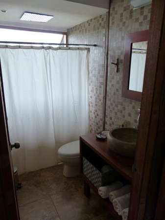 La Selva Amazon Ecolodge : Lake Room Bathroom