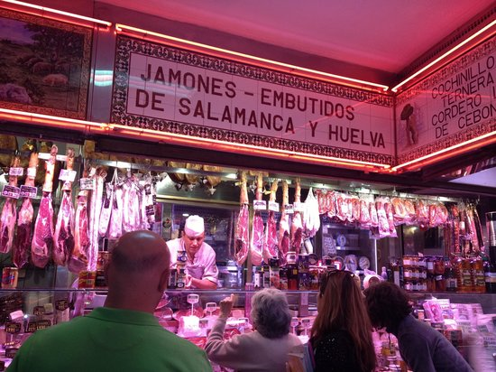 Devour Madrid Food Tours: In the market