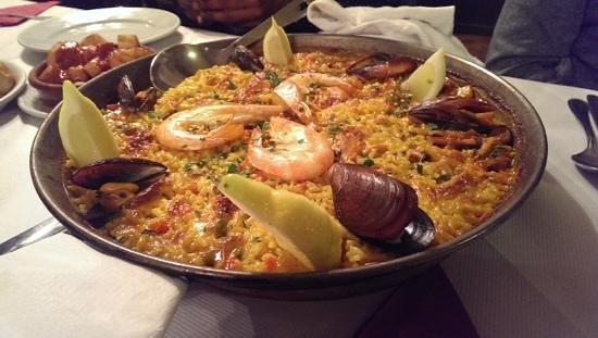 El Rincon de Rafa: the best sea food paella outside of Spain