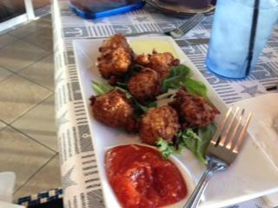 Bayside Grille & Sunset Bar : Conch fritters