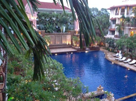 Sokha Angkor Resort: Pool View room