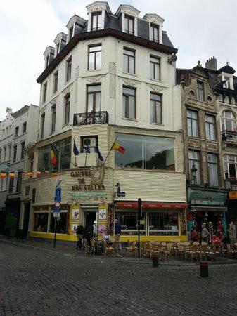 Aux Gaufres de Bruxelles: Gaufre De Bruxelles Storefront